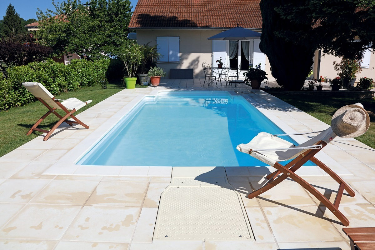 Piscine 6x3 prix duune piscine dbordement cascade with for Prix piscine 6x3
