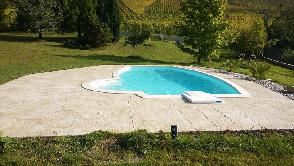 Piscine realisation collot collot piscine paysage for Realisation piscine